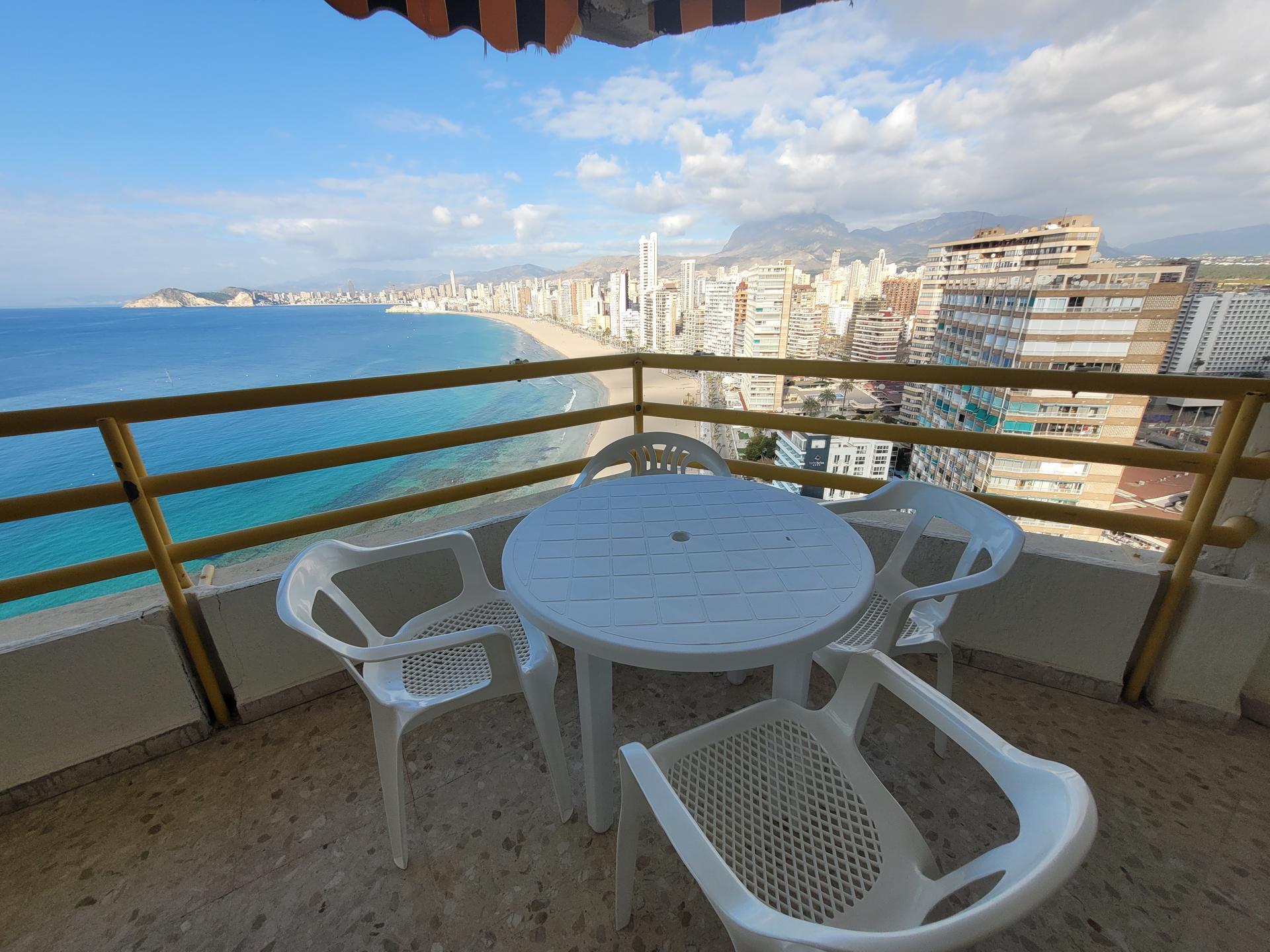 Apartamento -                                       Benidorm -                                       2 dormitorios -                                       6 ocupantes